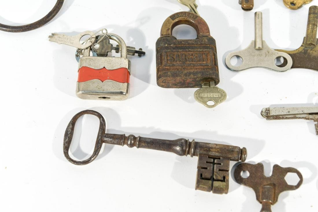 GROUPING OF LOCKS AND KEYS - 2
