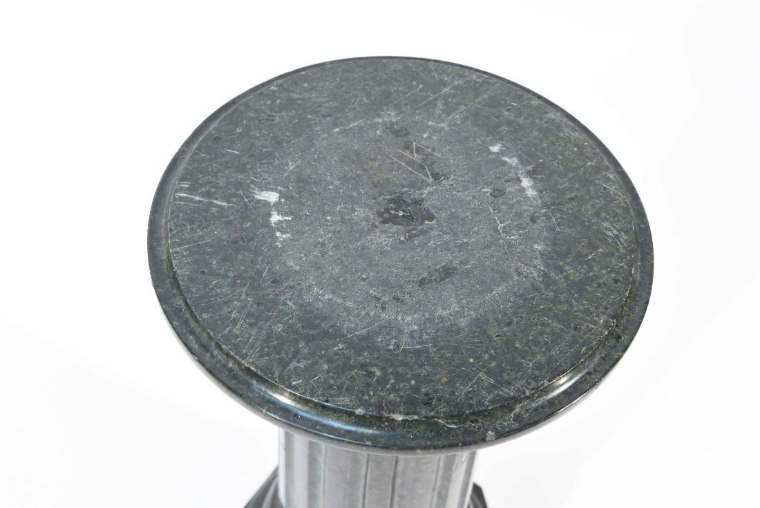 SHORT BLACK MARBLE PEDESTAL - 2