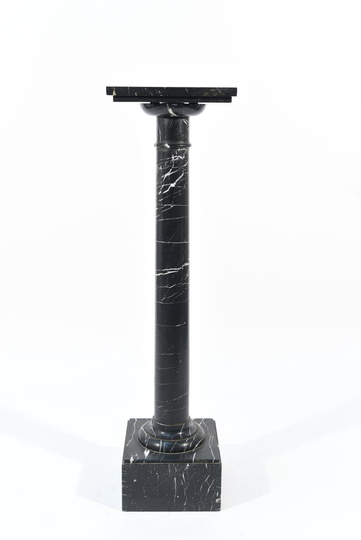 BLACK AND WHITE MARBLE PEDESTAL