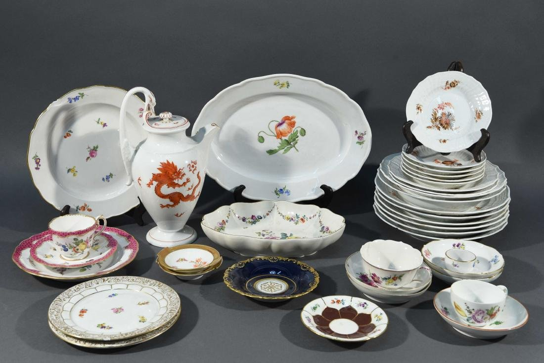 LARGE MEISSEN PORCELAIN GROUPING
