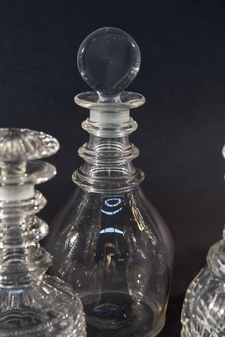 GROUPING OF 6 DECANTERS - 6