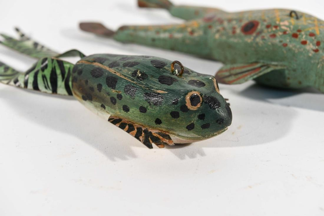 PAIR OF FROG ICE FISHING DECOYS - 2