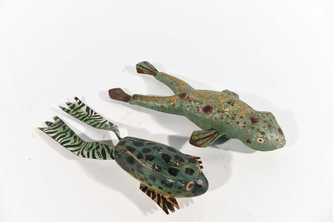 PAIR OF FROG ICE FISHING DECOYS - 4