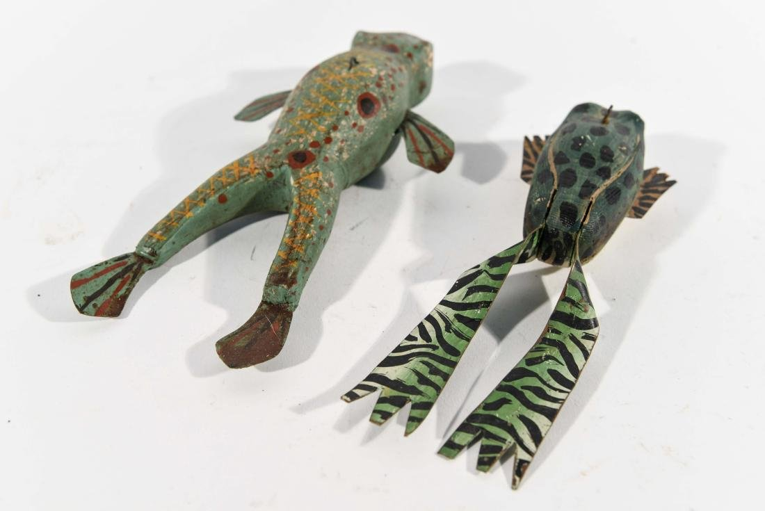 PAIR OF FROG ICE FISHING DECOYS - 5