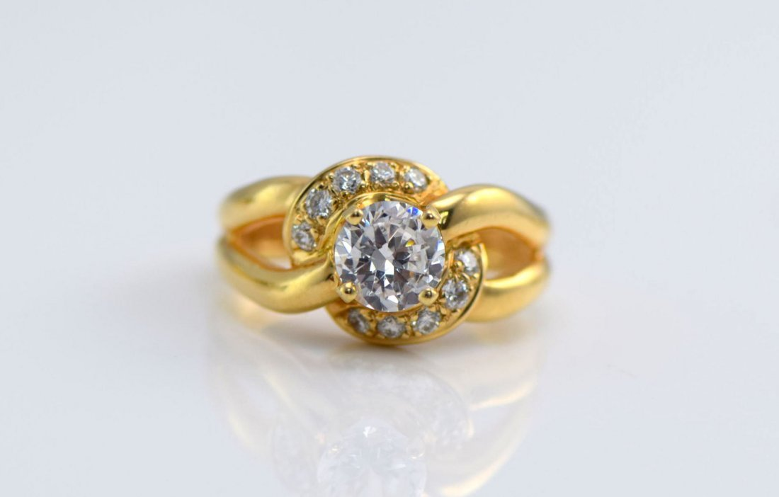 5 Gold Diamond and Simulated Diamond Rings. - 4