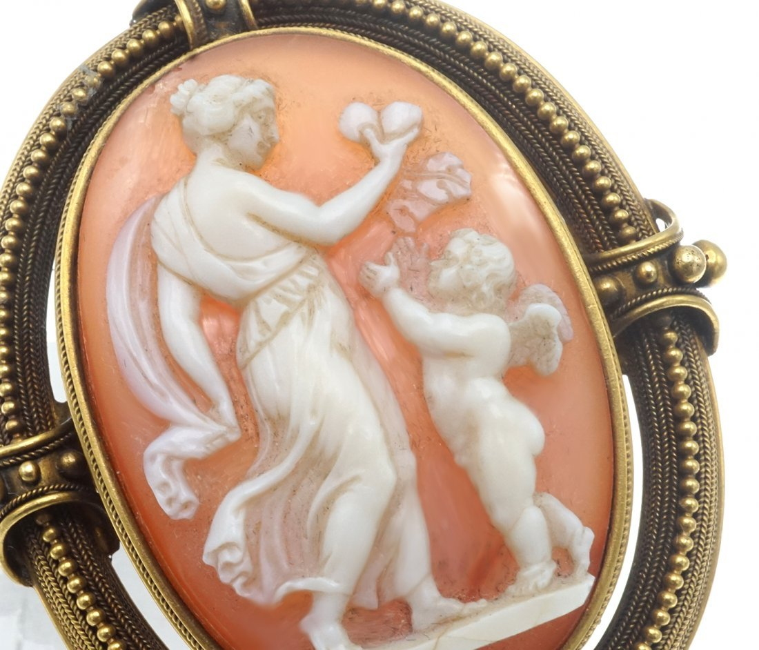 SHELL CAMEO AND GOLD BROOCH - 2