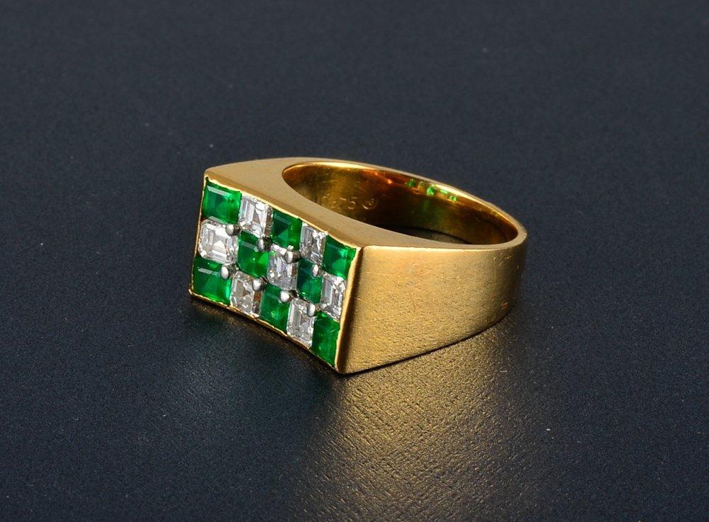 14: Oscar Heyman diamond and emerald ring
