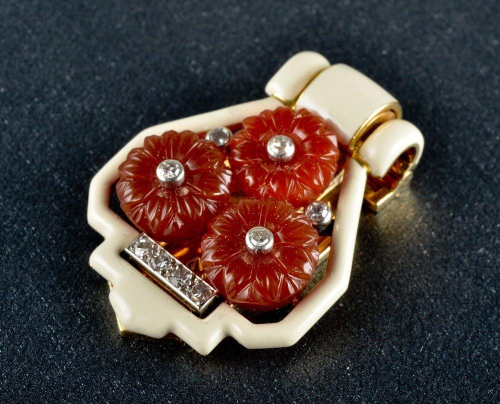 37: Cartier Art Deco Enamel,Carnelian clip