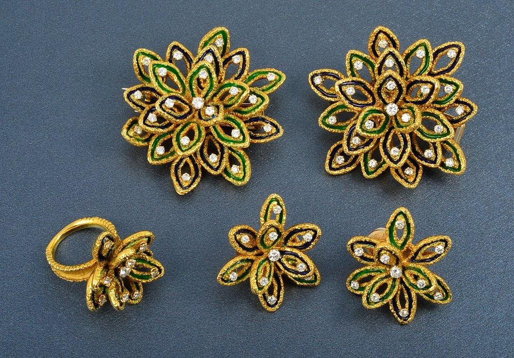 38: Boucheron 18K gold enamel and diamond jewelry suite