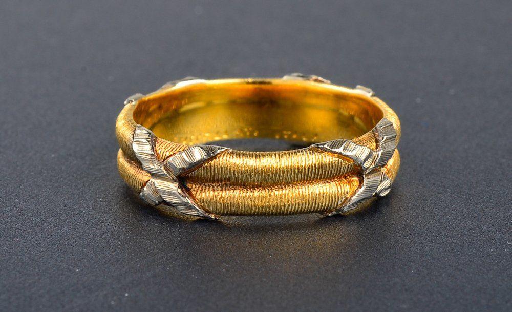 Buccellati gold band