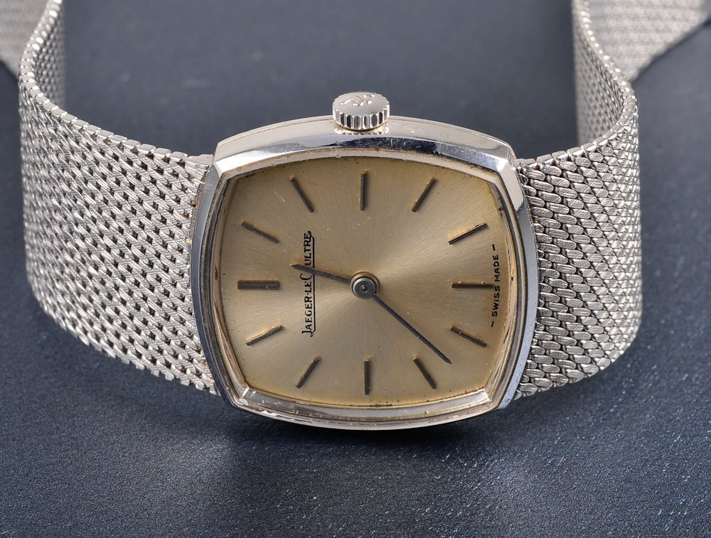 137: Jaeger-LeCoultre white gold lady's wrist watch - 3