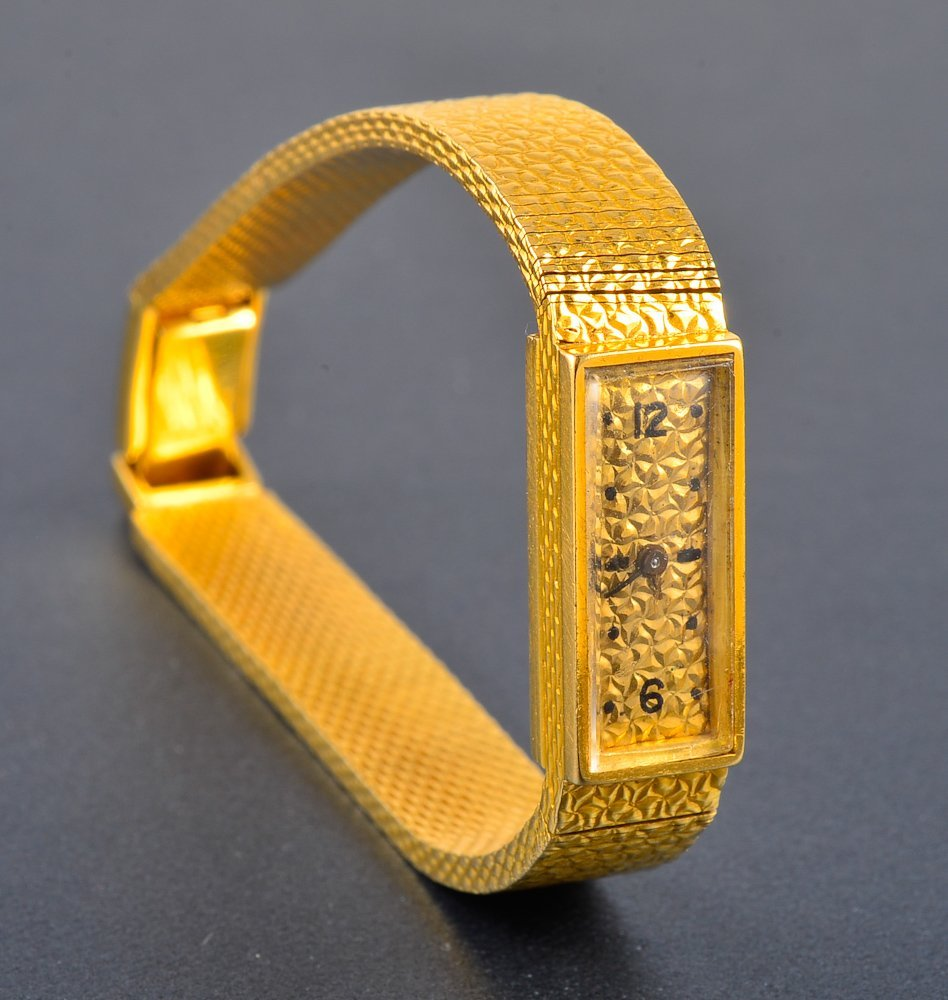 146: Van Cleef and Arpels lady's yellow gold wristwatch