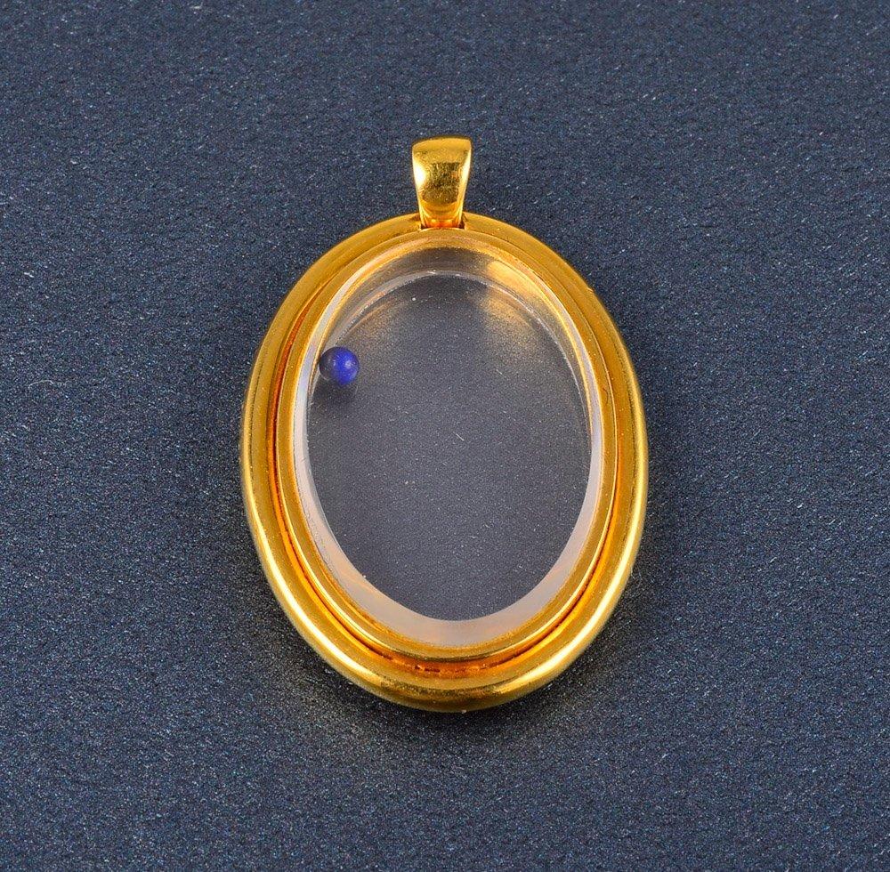 161: Cartier yellow gold pendant