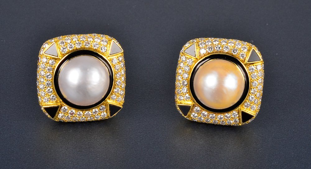 166: Pair gold pearl onyx diamond clip earrings