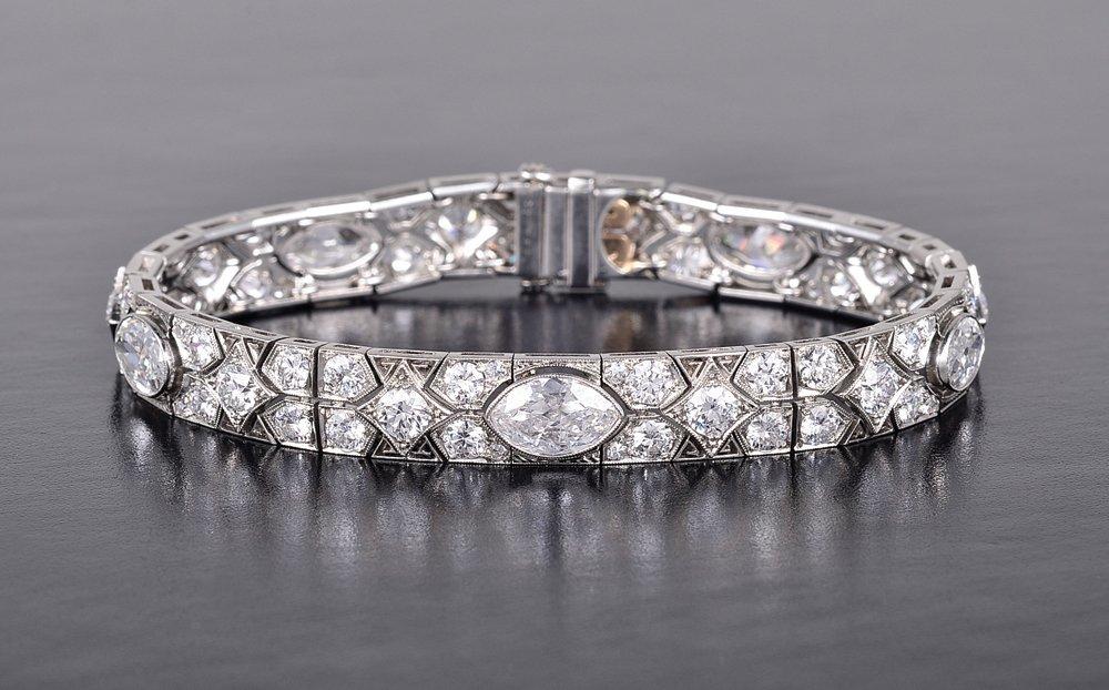 169: Cartier Art Deco Platinum diamond bracelet