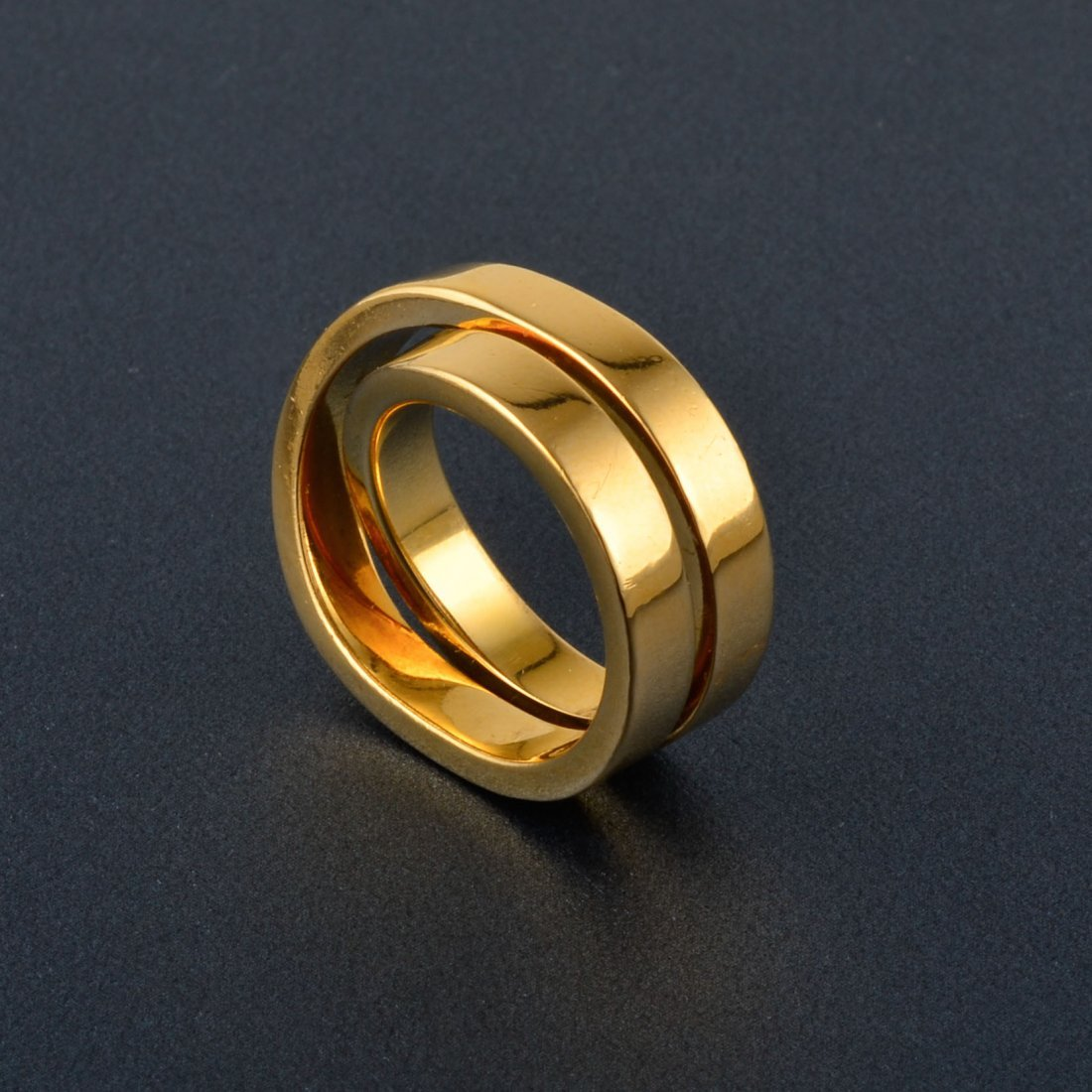 6: Cartier Crossover Gold Ring