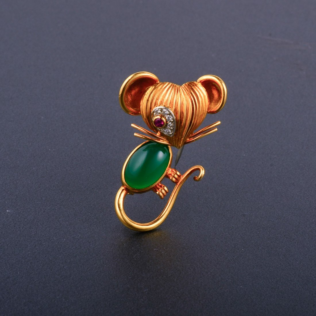 7: VCA Gem-Set Mouse Brooch