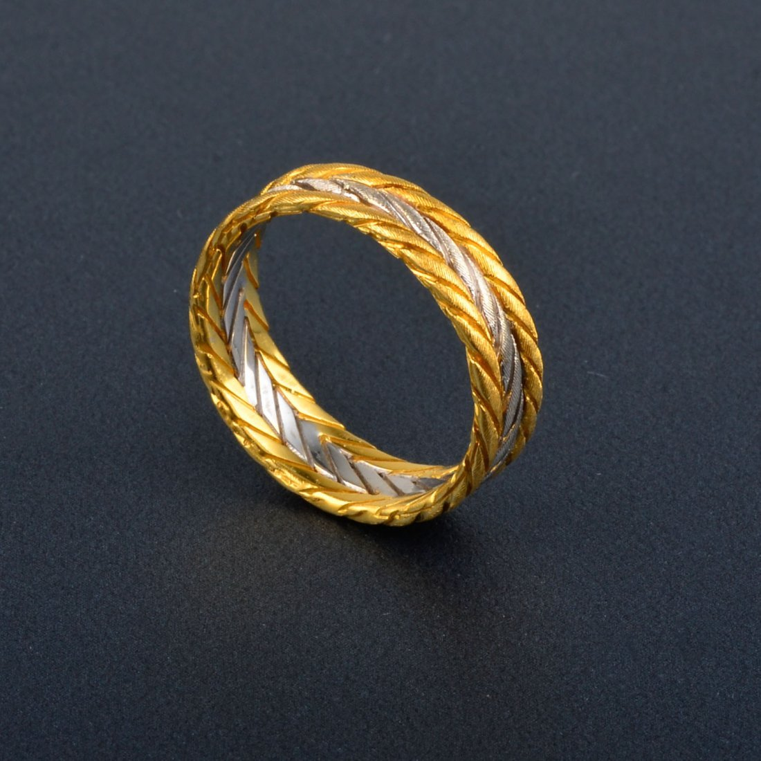 11: Buccellati 2-tone Gold Band