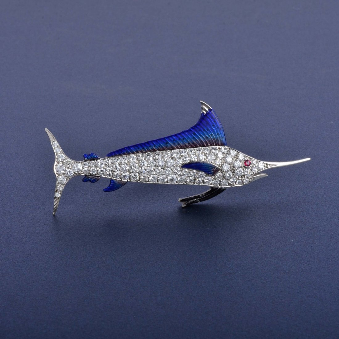16: Yard Platinum Diamond Sail Fish Pin