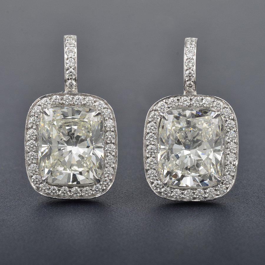 150: Diamond Drop Earrings