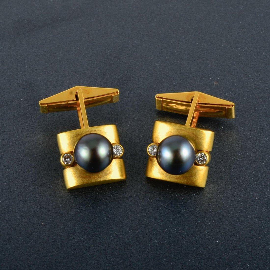 18K YG Diamond and Pearl Cufflinks