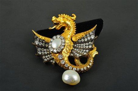 Antique 18K YG & Silver Diamond and Natural Baroque Pea