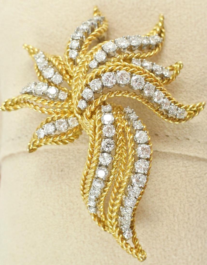 18Kt Gold & Diamond Brooch - 2