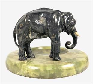 Art Deco Onyx Ashtray With Elephant Figure