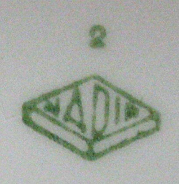 17: Antique Ceramic Water Cooler - 4