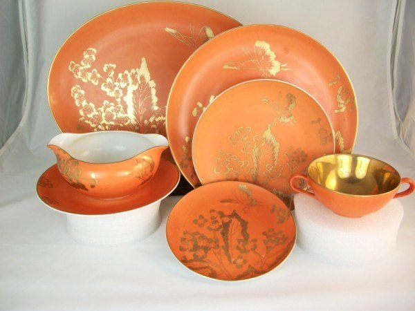 "14: Dorothy Thorpe ""Persimmon"" Luncheon Set"