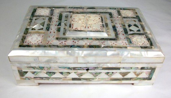20: Middle Eastern Dressing Table Box