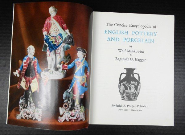 9: The Concise Encyclopedia of English Pottery...