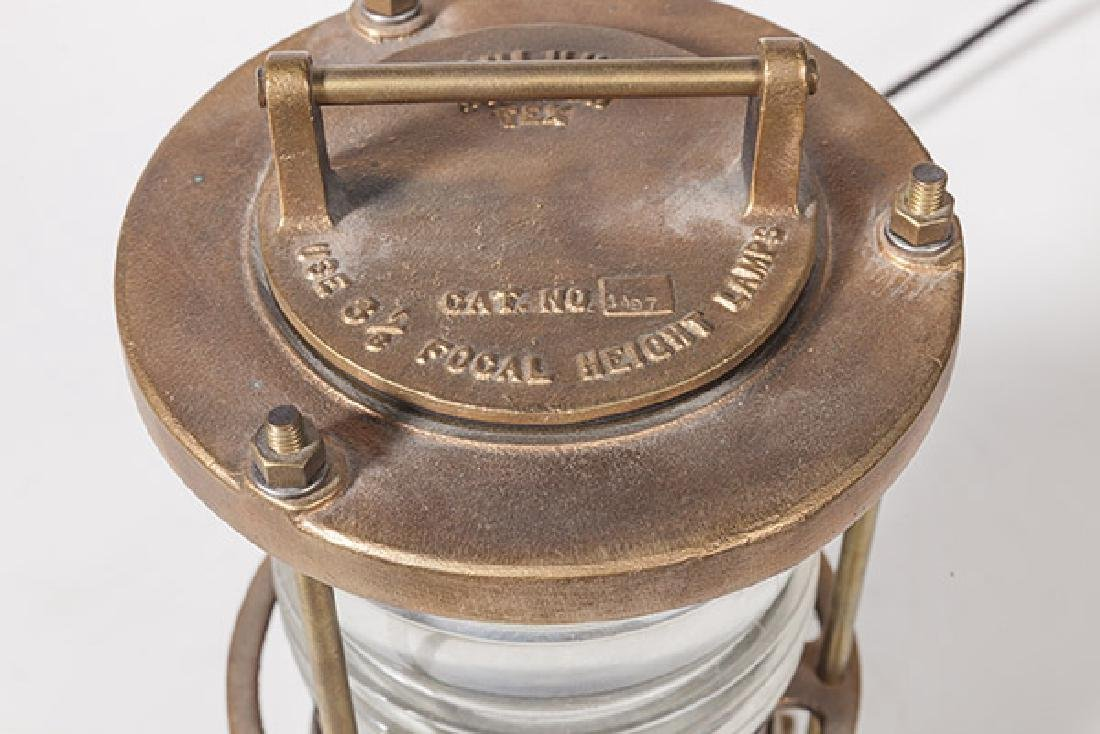 Pauluhn Focal Height Lamp - 2