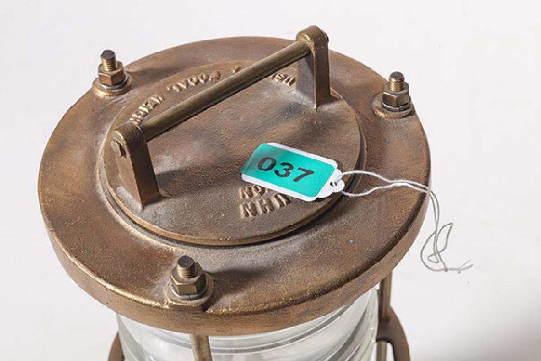 Pauluhn Focal Height Lamp - 9