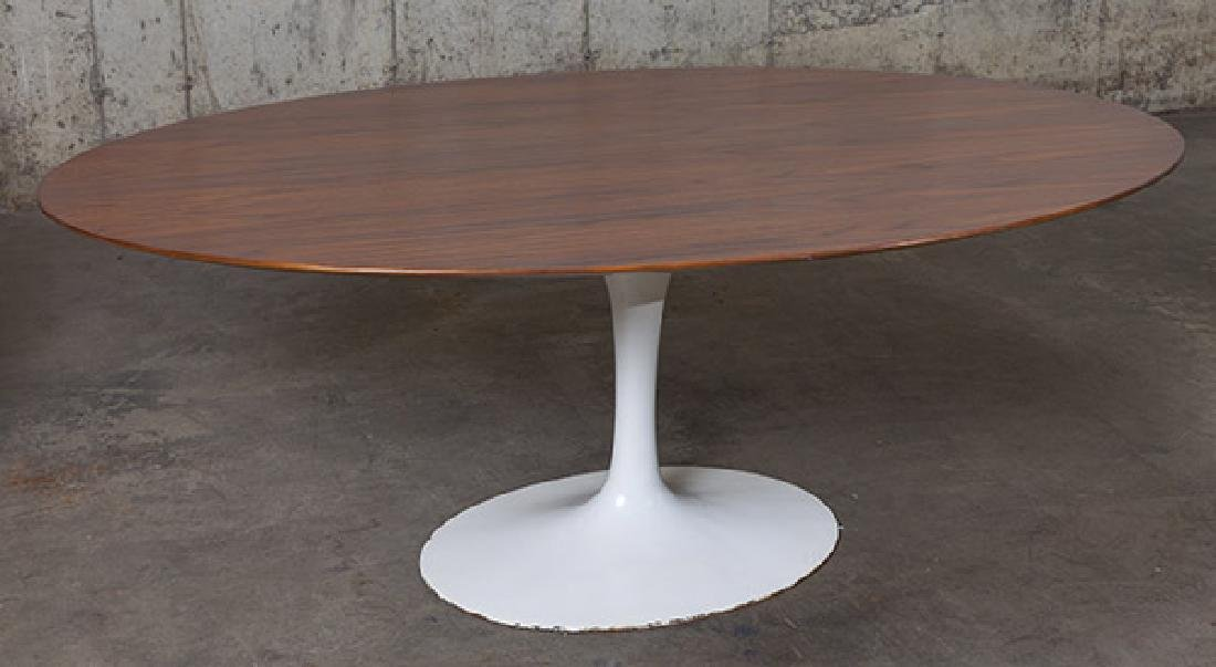 Eero Saarinen Dining Set - 10