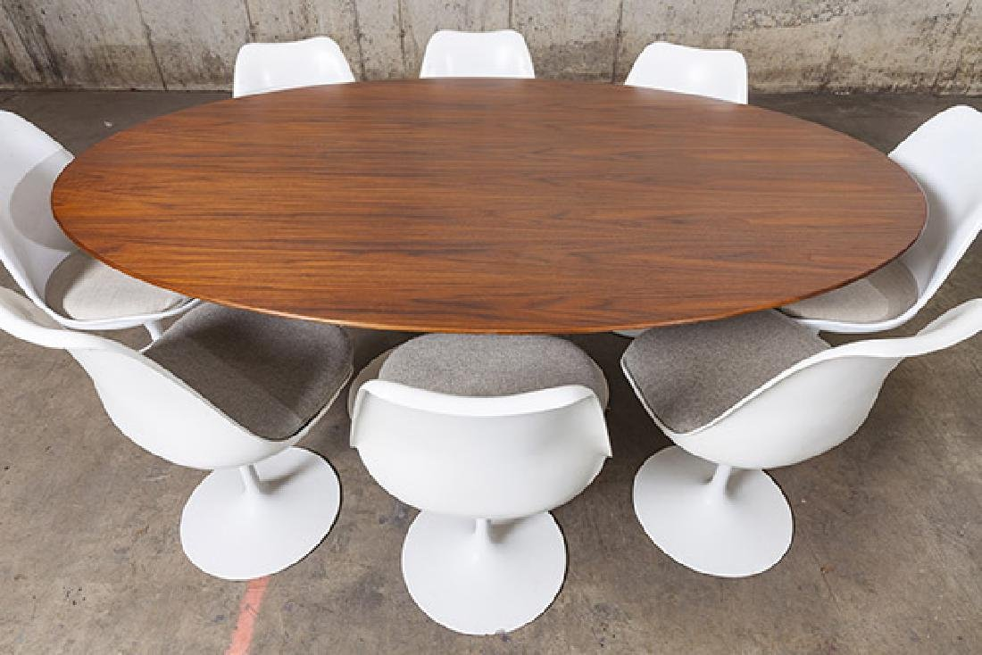 Eero Saarinen Dining Set - 2