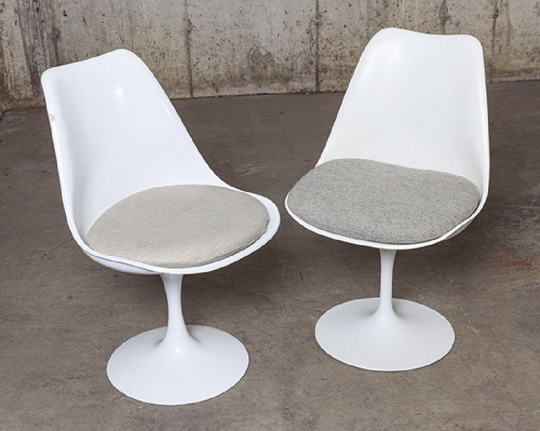 Eero Saarinen Dining Set - 6
