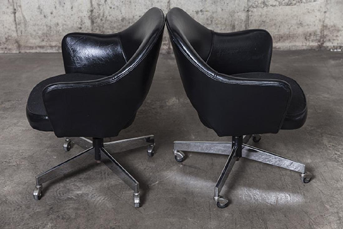 Eero Saarinen Executive Chairs - 6