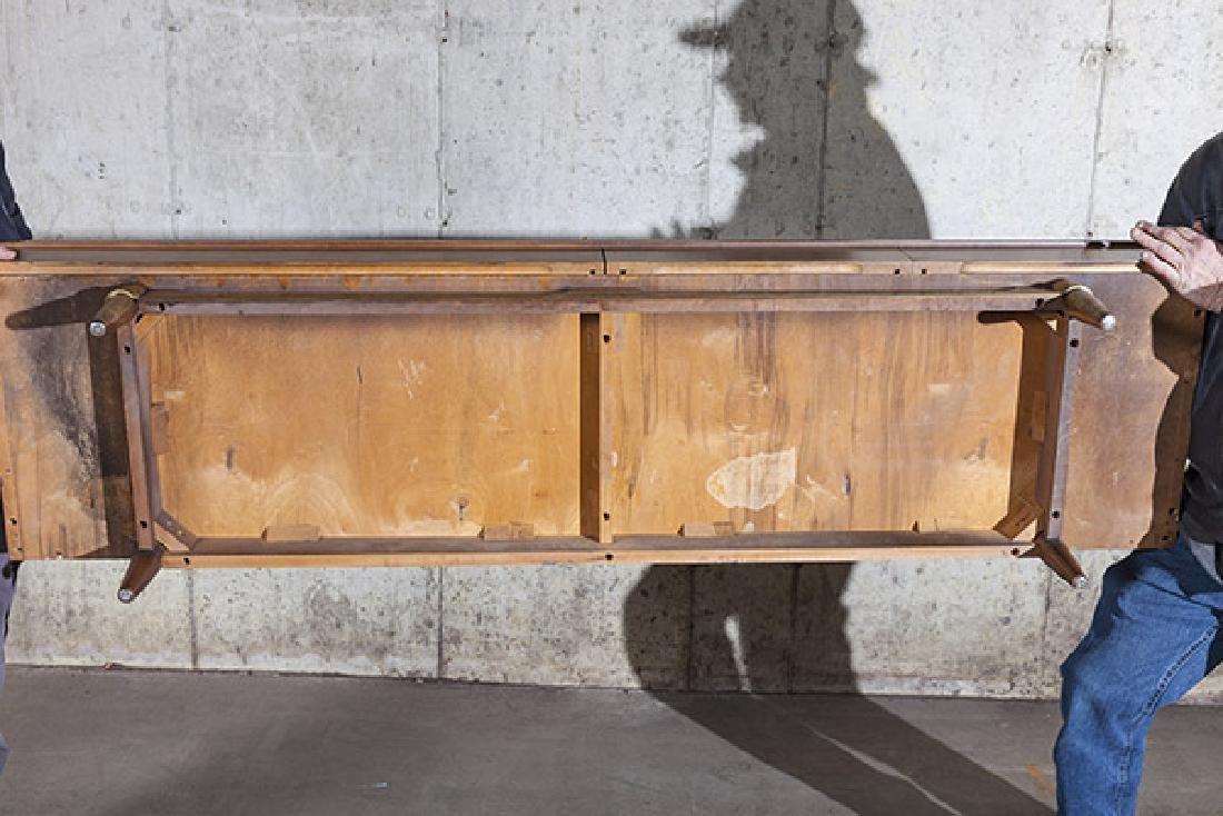 American of Martinsville Dresser/Merwin Gersun Dresser. - 8