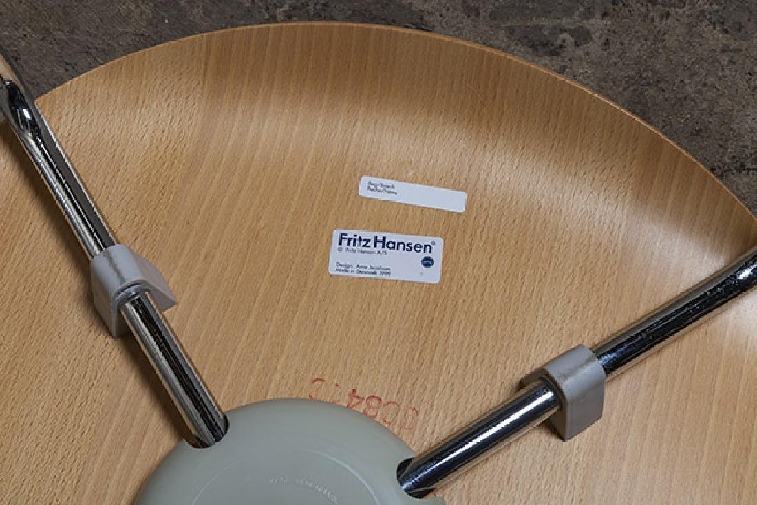Arne Jacobsen Sevener  Chairs - 10