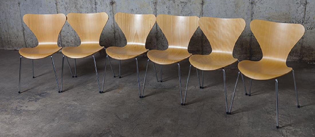 Arne Jacobsen Sevener  Chairs - 2