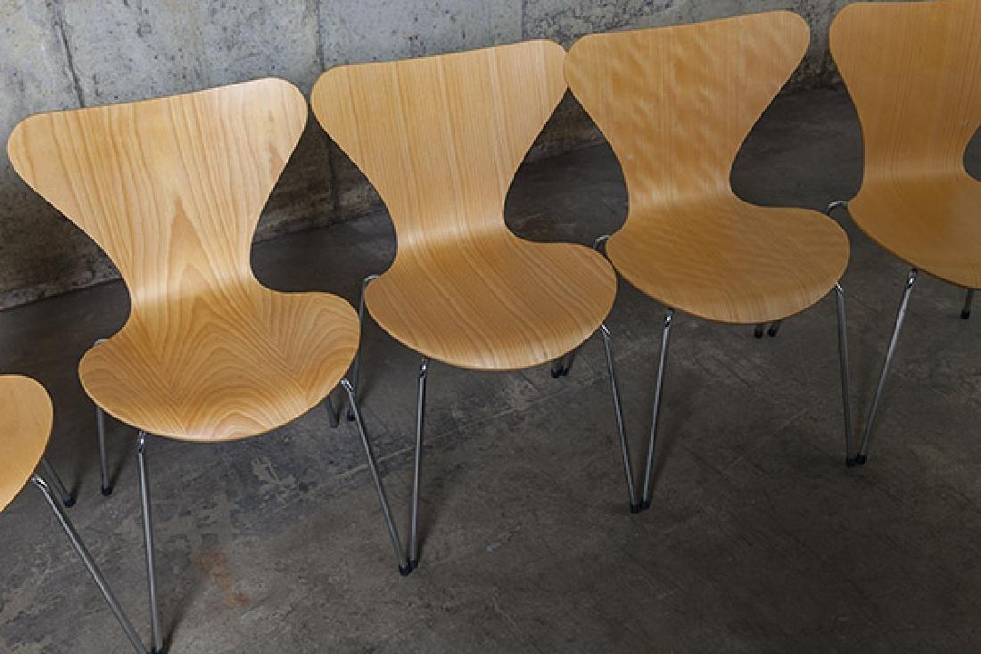 Arne Jacobsen Sevener  Chairs - 4