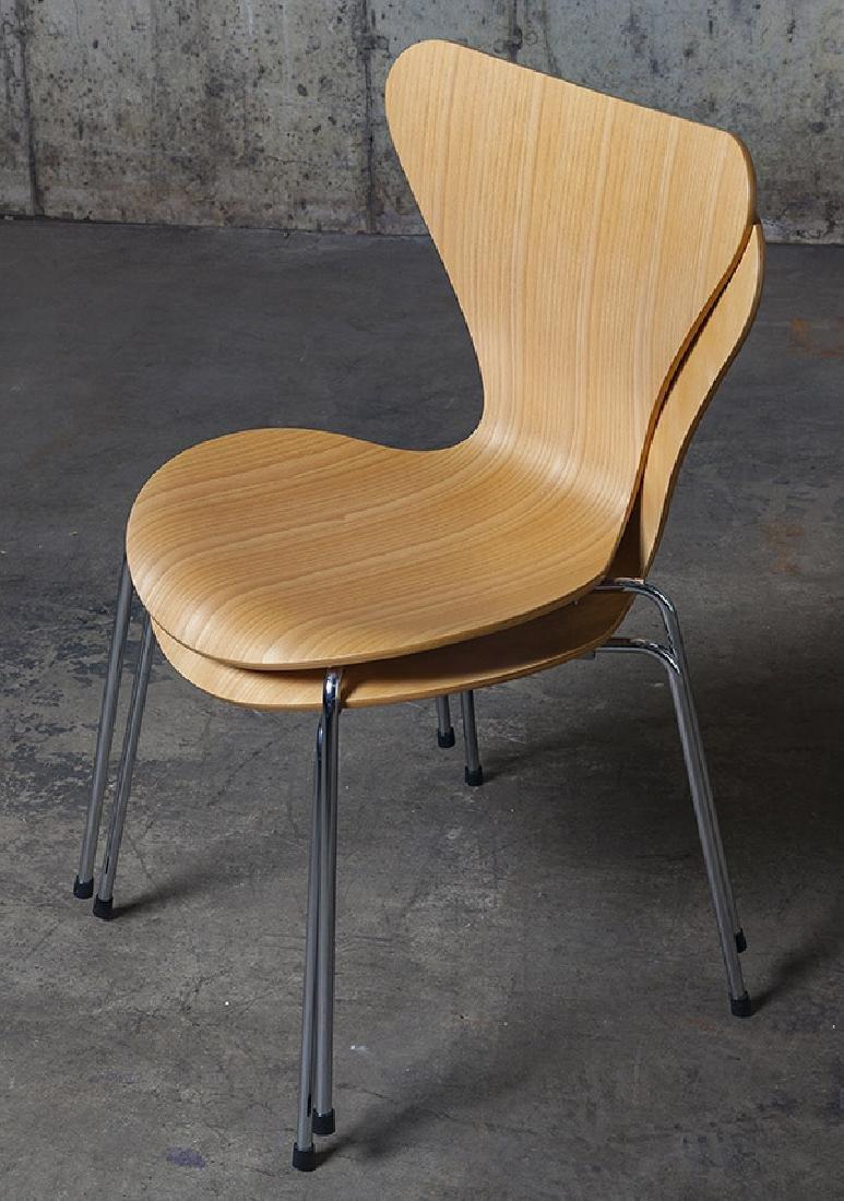 Arne Jacobsen Sevener  Chairs - 6