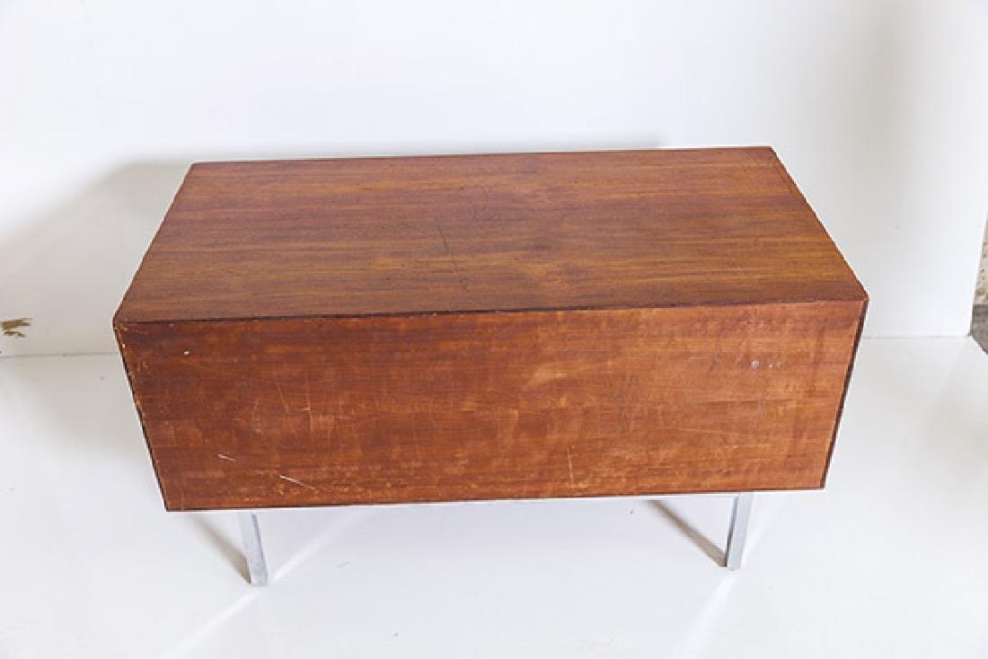 IB Kofod-Larsen Cabinet - 8