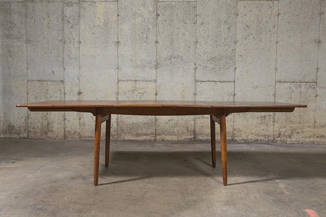 Hans J. Wegner Dining Table - 10