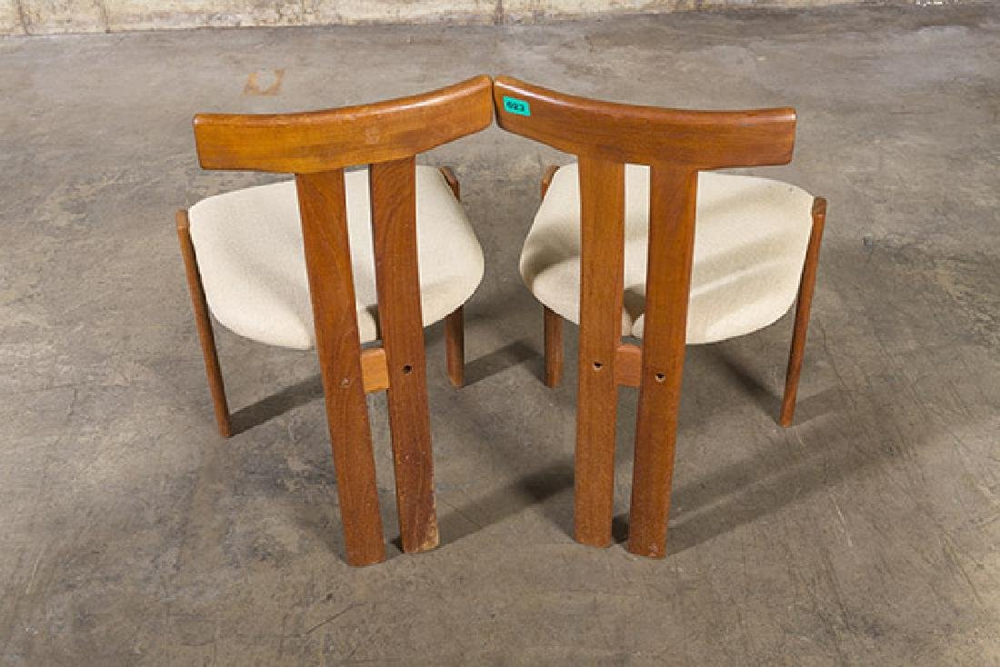 """Danish """"T"""" back Dining Chairs - 6"""