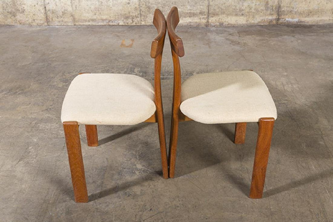 """Danish """"T"""" back Dining Chairs - 9"""