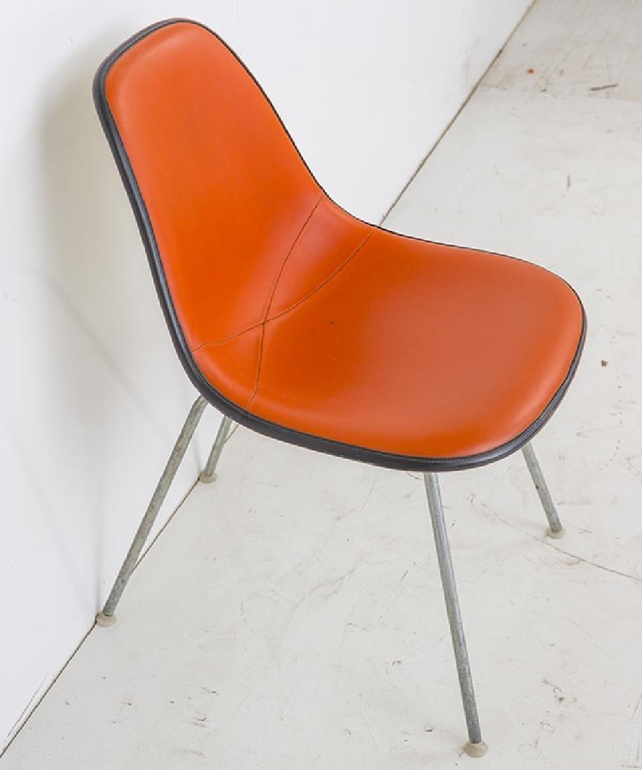 Charles & Ray Eames Wall Saver Side Shell - 3