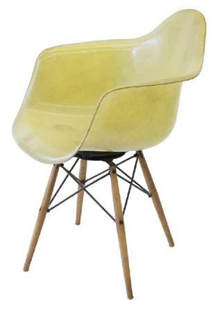 Charles & Ray Eames Dowel Leg Armchair