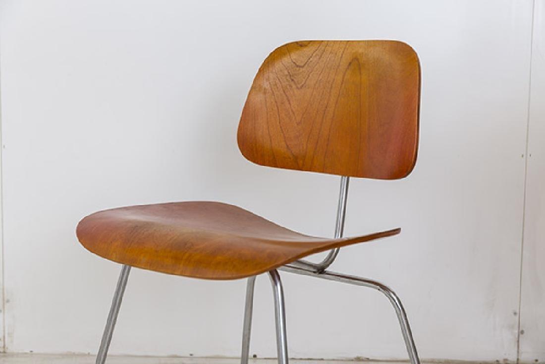 Charles & Ray Eames DCM - 2